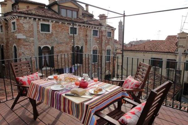 Altana Terrace: Beautiful views across the spires of Venice